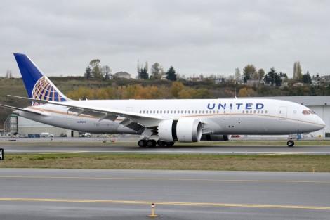 UA Dreamliner