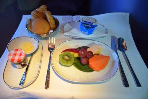 Thai Airways 777 Business Class Bed Fresh Fruit and Yoghurt for Breakfast