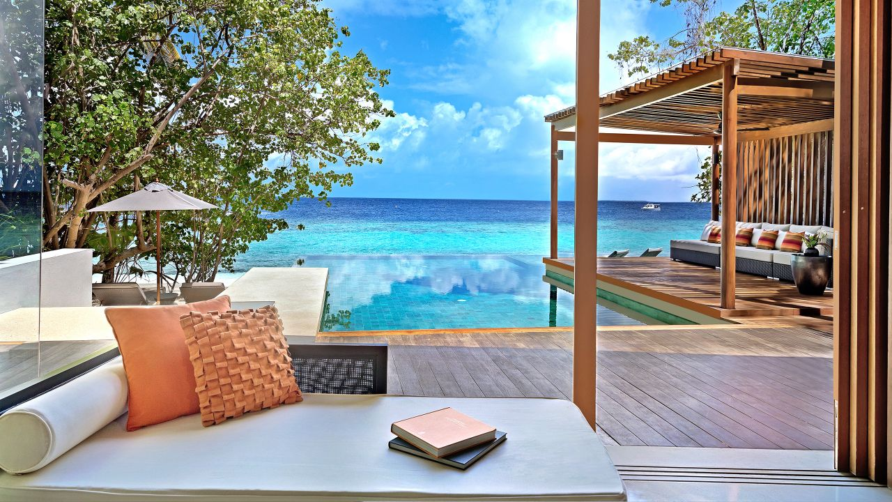 The Park Hyatt Maldives is within reach with the 60,000-point sign-up bonus on the new World of Hyatt credit card.