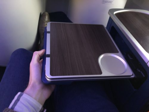 Tray table Delta One 757 business class